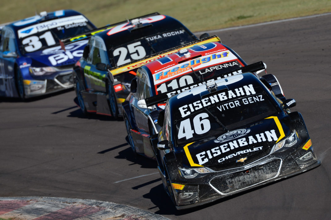 Photo of Stock Car: Vitor Genz cresce na corrida e vence em Cascavel