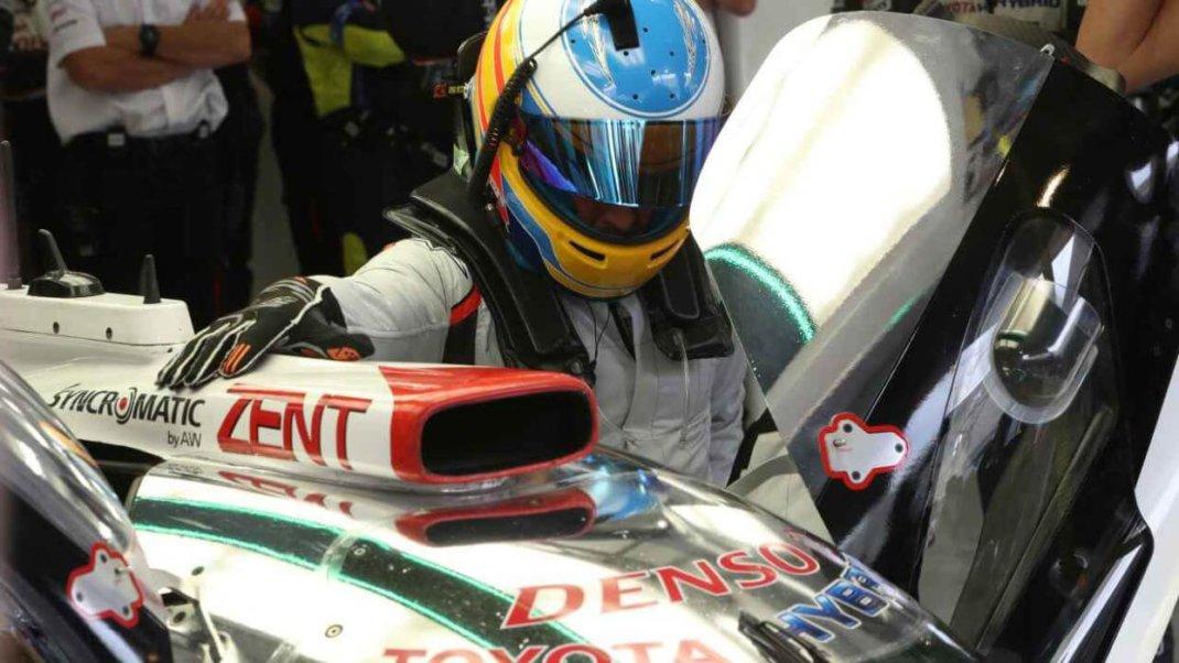 Foto de Fernando Alonso disputará as 24 de Daytona pela United Autosports