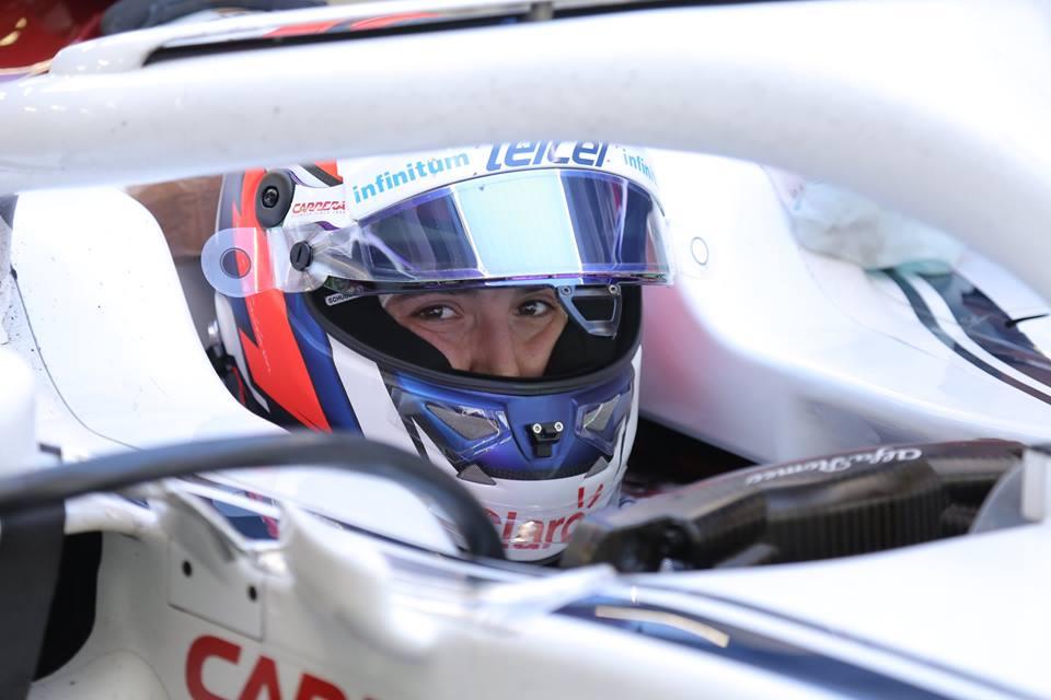 Photo of Galeria: Tatiana Calderón em dia de testes a bordo da Sauber C37