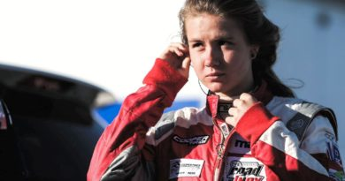 Lista da W Series, com pilota brasileira Bruna Tomaselli, finalista da primeira fase