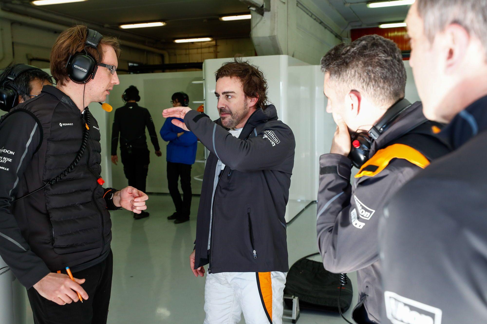 Photo of McLaren sabe o quanto Fernando Alonso vai fazer falta na próxima temporada