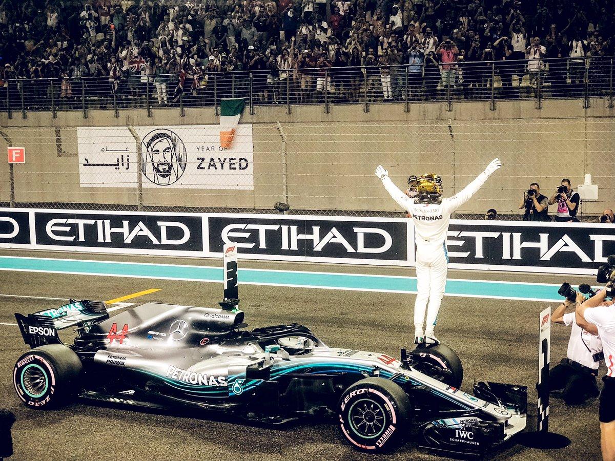 Photo of Classificação Abu Dhabi – Hamilton surpreende de novo e crava última pole do ano