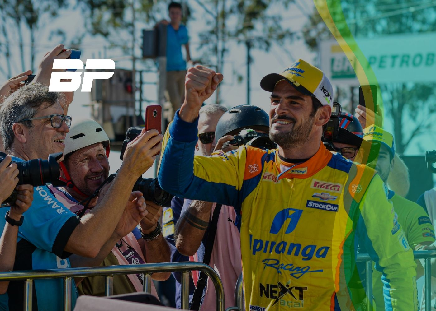 Photo of Thiago Camilo cravou a quarta pole do ano na Stock Car