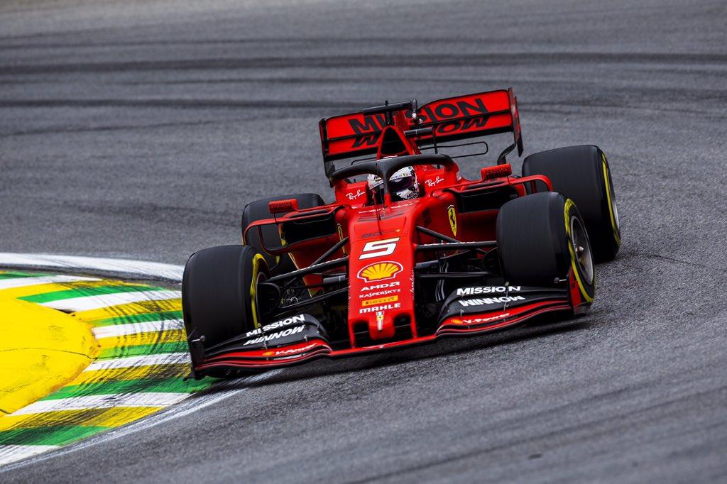 Foto de TL2 Brasil – Sebastian Vettel puxa dobradinha da Ferrari em Interlagos, com Max Verstappen em 3°