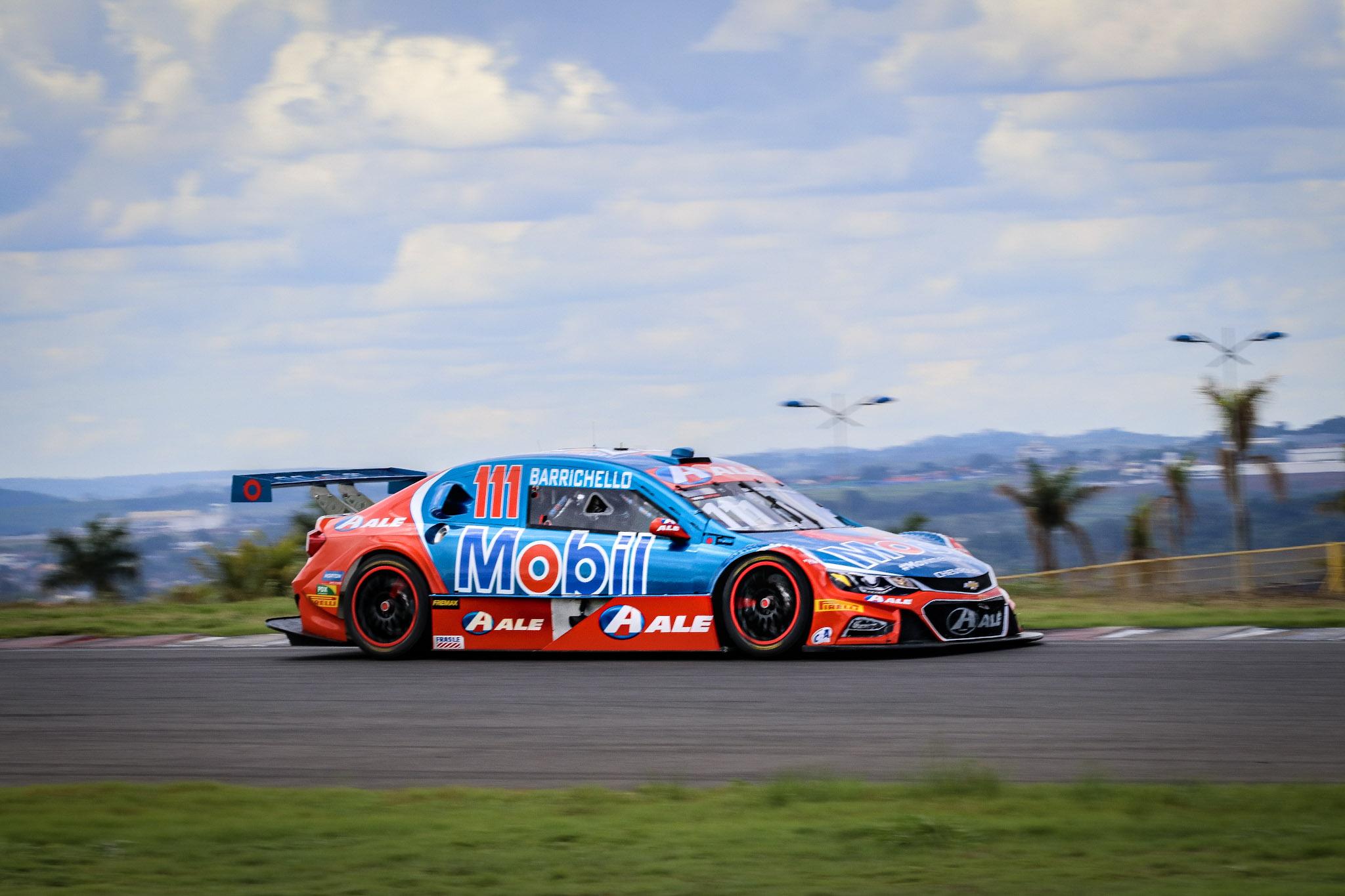 Foto de Galeria de Fotos: Sexta-feira de treinos livres da Stock Car em Goiânia por Roberto Correa