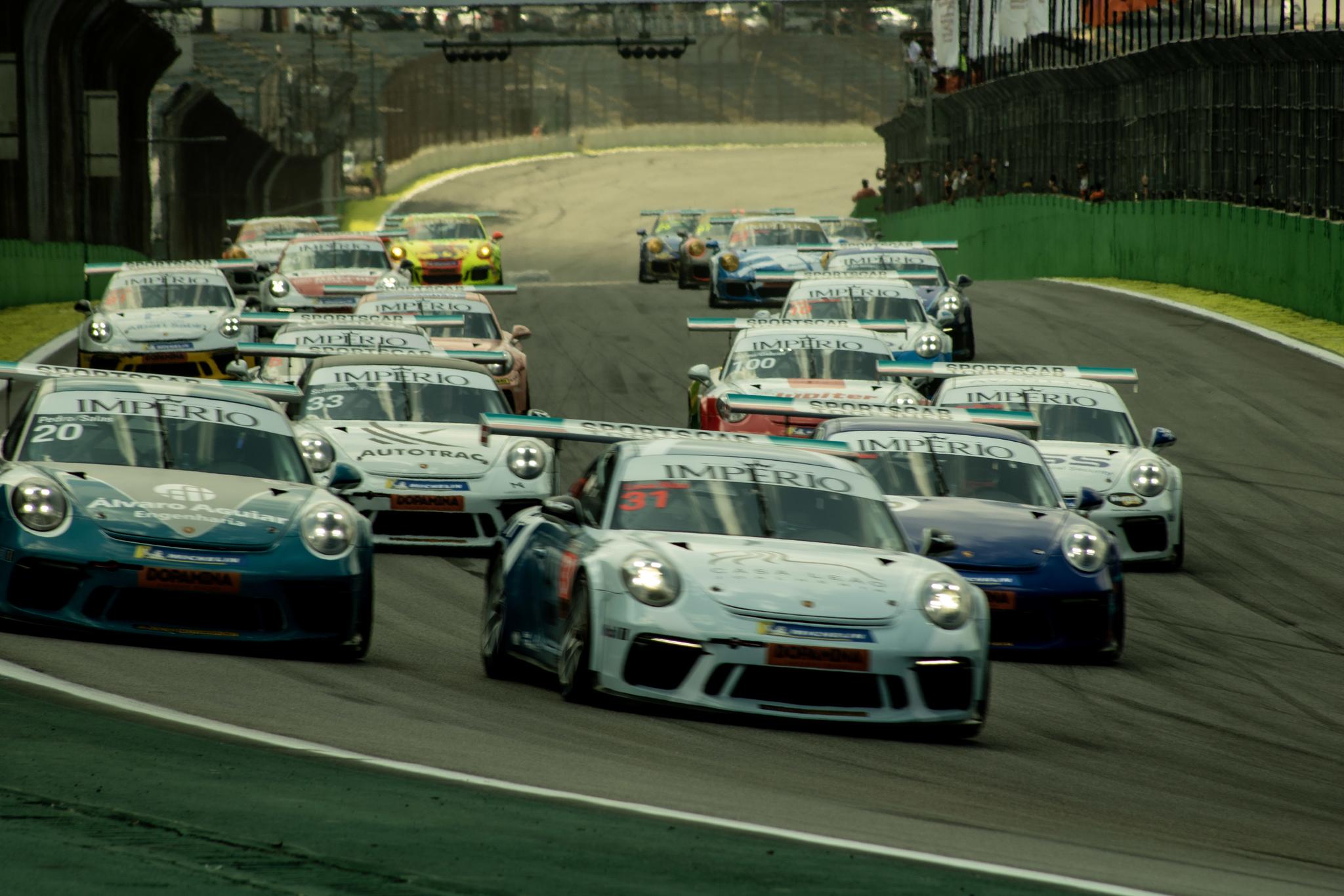 Photo of Porsche Cup vai adiar a prova que seria disputada em maio