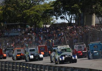 Galeria de fotos da Corrida 01 da Copa Truck em Interlagos, fotos de Deborah Almeida
