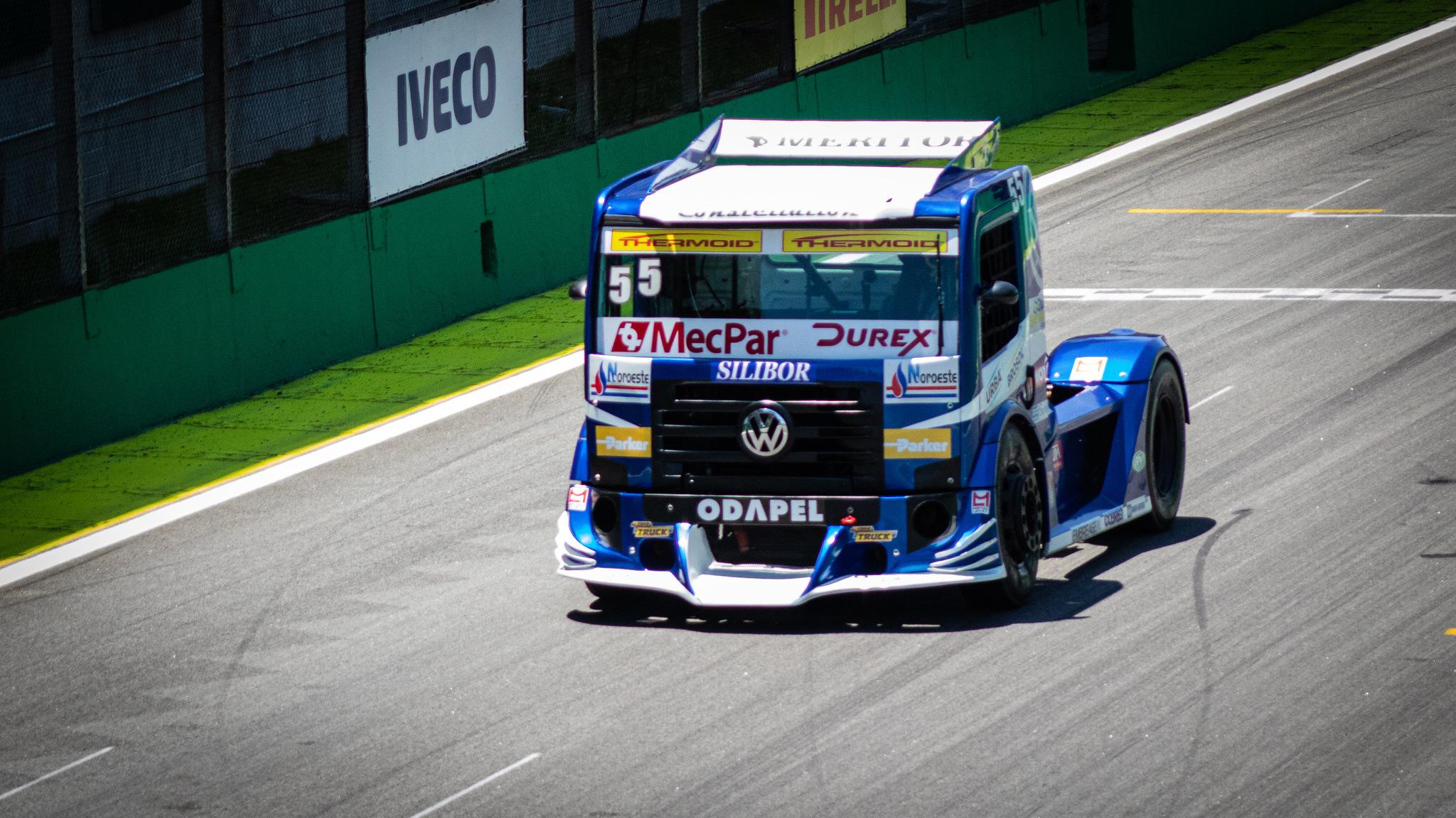 Photo of SFI CHIPS firma parceria com o piloto Paulo Salustiano e estreia na Copa Truck, na equipe VW