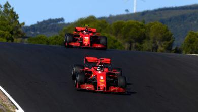 Foto de Binotto afirma que Vettel e Leclerc têm carros iguais, mesmo com a disparidade ente os pilotos