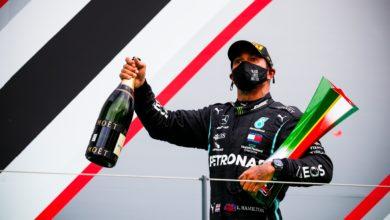 Foto de Volta por Volta – Hamilton vence após início de prova movimentada no Circuito do Algarve