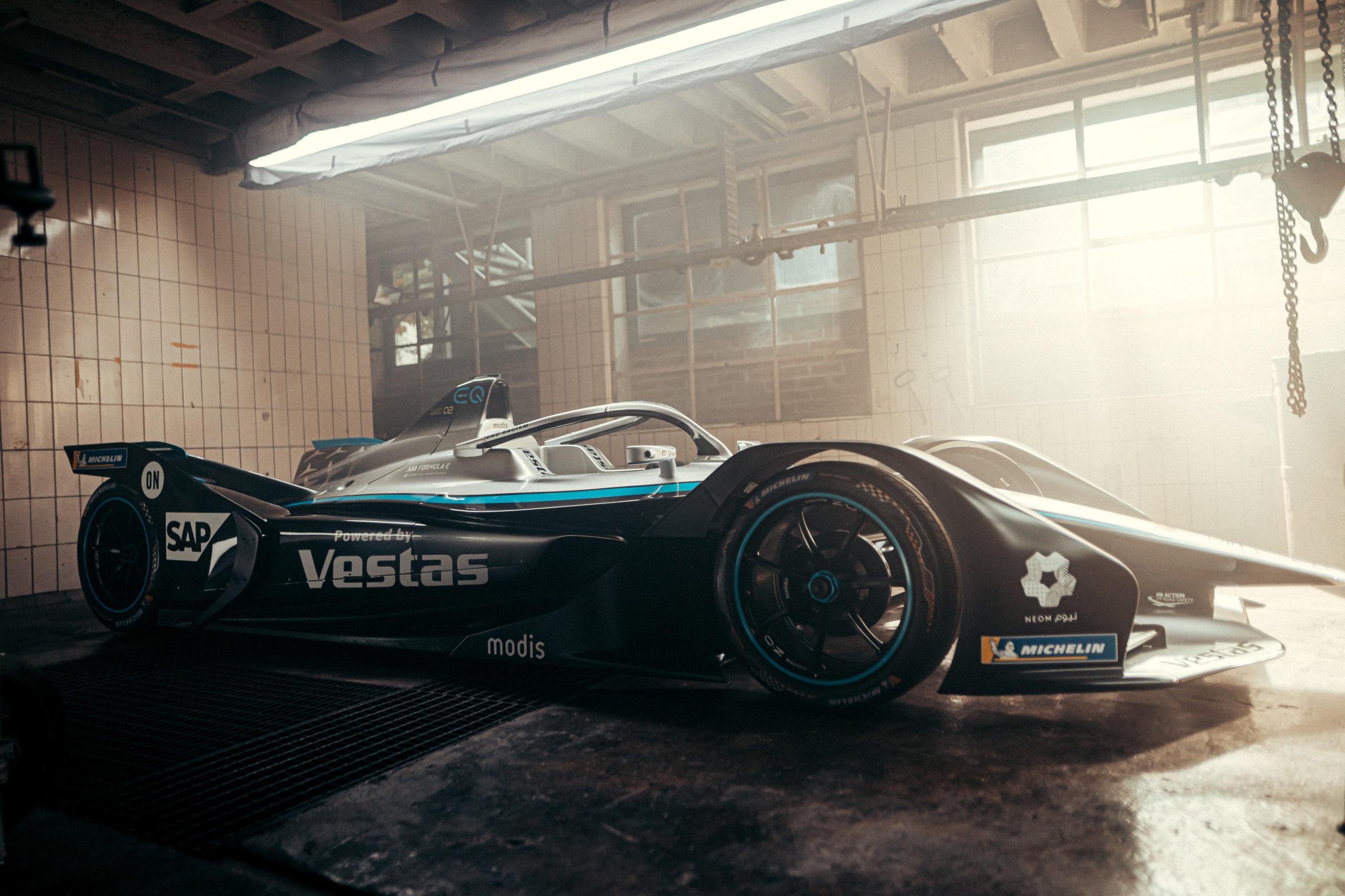 Foto de Mercedes lança carro para a 7ª temporada da Fórmula E