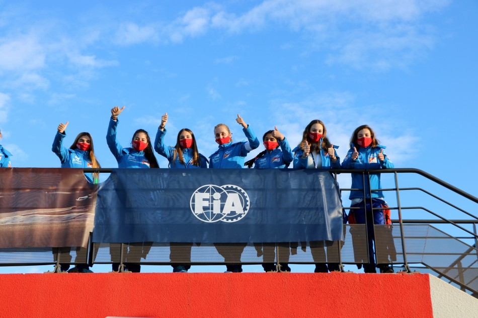 Girls On Track - Foto: FIA
