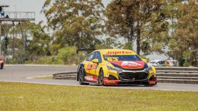 Foto de Gabriel Casagrande aproveita grid invertido para vencer a segunda corrida em Curitiba
