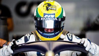 Foto de Os capacetes e homenagens nos cascos no GP da Emilia-Romagna