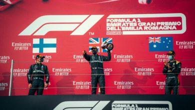 Foto de Volta por Volta – Lewis Hamilton conquista vitória em Ímola, acompanhado por Bottas e Ricciardo