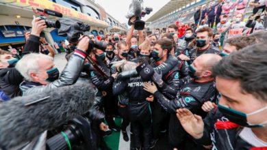 Foto de Lewis Hamilton conquista 7º título com vitória na Turquia, Pérez e Vettel completaram o pódio
