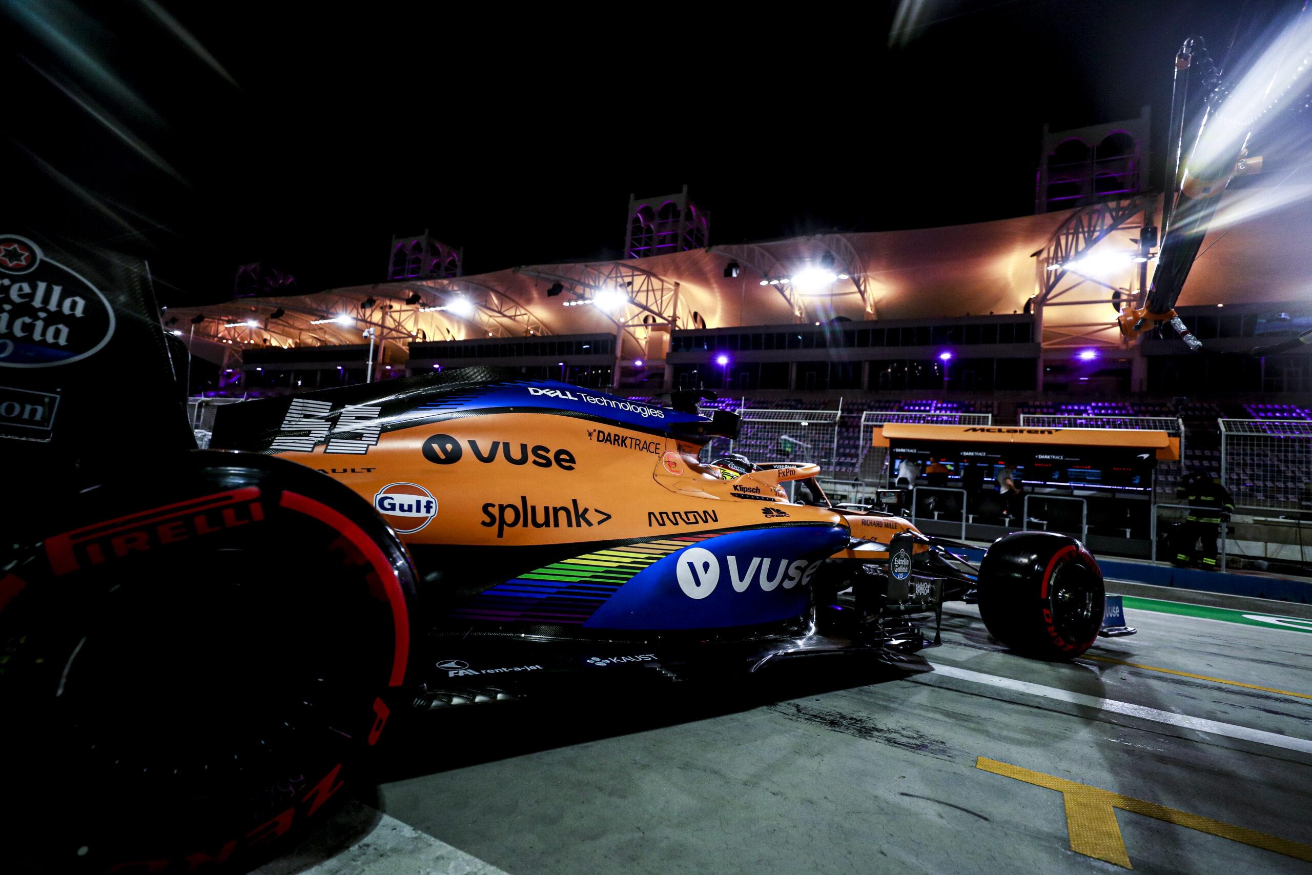 Foto de McLaren lida com falta de ritmo e confiabilidade em sexta-feira de treinos livres
